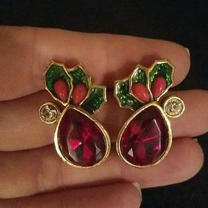 Avon holiday earrings
